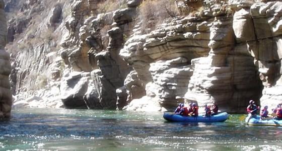 Full canyon whitewater rafting apurimac 6 days