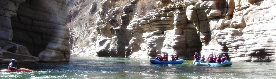Full canyon whitewater rafting apurimac 6 days