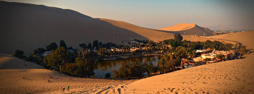 Huacachina oasis south Lima
